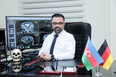Neyrocərrah Dr.Bahram Parvizi Milani